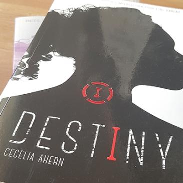 Destiny, tome 1 : Parfaite de Cecelia Ahern